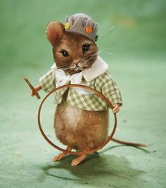 Tom, The Summer Mouse by R. John Wright Dolls