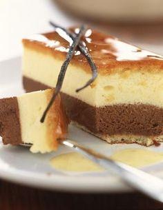 Bavarois chocolat vanille is on sale now for - 25 % ! Greek Sweets, Greek Desserts, Just Desserts, Delicious Desserts, Dessert Recipes, Cookie Cake Pie, Homemade Cake Recipes, Pinterest Recipes, How Sweet Eats