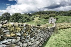 Old Barn & Wall on The Nannau Estate, Dolgellau Best Of Wales, Brecon Beacons, Snowdonia, Swansea, South Wales, Cool Places To Visit, The Good Place, Travel Destinations, Castle