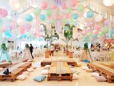 Coachella Music & Arts Festival Inspired Birthday Party On the look out for a party for your boho-loving soul? Beautiful party ideas abound in this Coachella Music & Arts Festival Inspired Birthday Party at KPI! Coachella Party Theme, Coachella Birthday, Coachella Party Decorations, Cochella Theme Party, Boho Themed Party, Festival Decorations, Adult Party Themes, Birthday Party Themes, Cake Birthday