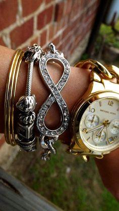 Oh, I want the infinity bracelet Christmas list