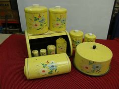 antique kitchen set in yellow- want