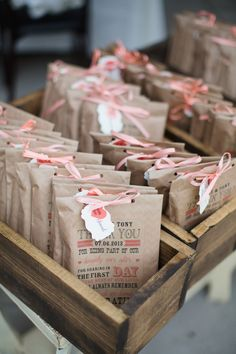 FREE customizable thank yous used on kraft favor bags. See the whole chevron wedding here. http://www.weddingchicks.com/2013/09/05/hope-glen-farm/