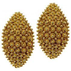 filigree gold earrings (Sardinia)