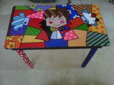 Recycled table with a Britto design