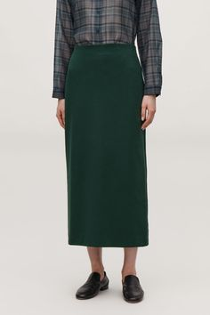 Model side image of Cos pull-on jersey pencil skirt in green Wardrobe Sale, Small Wardrobe, New Product, Midi Skirt, High Waisted Skirt, Slip On, Skirts, Model, Cos