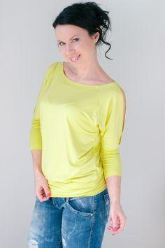 Li-La tričko Barevná jarní novinka ... V Neck, Tops, Women, Fashion, Moda, Women's, La Mode, Shell Tops, Fasion