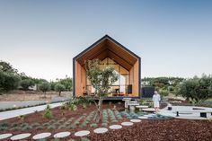 Minimalist-Geometric-Proportional-House-Ourém-Portugal_3   iDesignArch   Interior Design, Architecture & Interior Decorating eMagazine
