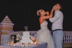 Wedding cake - Destination Wedding Los Cabos Mexico - Riu Palace Cabo San Lucas - Weddings by RIU