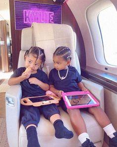 Khloe Kardashian, Estilo Kardashian, Jenner Kids, Jenner Family, Popsugar, Estilo Jenner, Kylie Travis, Baby Bling, Kendall And Kylie Jenner