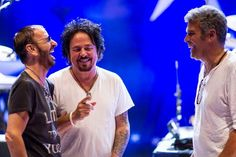 Great shot. Greats musicians: Ringo Starr, Steve Lukather and Mark Rivera.