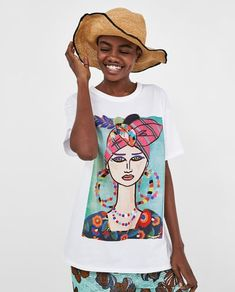 Image 2 of T-SHIRT WITH WOMAN WEARING A TURBAN from Zara