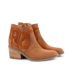 Comprá online botas cortas de cuero suela en Batistella. Todas las formas de pago. Cambio Gratis. Envíos a todo el país.