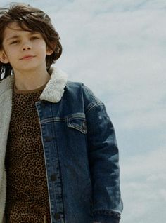 Série mode : Low Tide Milk Magazine    Finger in the Nose FW 17-18   ROAD Blue Denim Jacket   https://www.fingerinthenose.com/collections/boys/products/road-blue-denim-oversized-denim-jacket