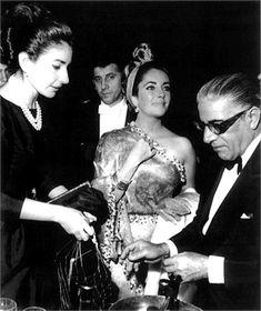 Con Liz Taylor e Aristotele Onassis