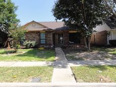 Move In Ready Home in The Colony Marketed By Christine Shannon of Keller Williams