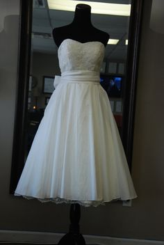 Love the bottom of the dress!