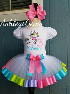 Unicornio BirthdayOutfit, Tutu Unicornio, unicornio camiseta, grupo Unicornio, unicornio Tutu vestido, unicornio arco iris, bebé unicornio traje, vestido de unicornio