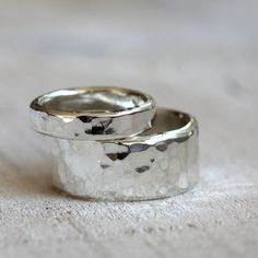 Sterling silver hammered rings - wedding ring set