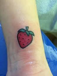 Resultado de imagen para strawberry tattoo