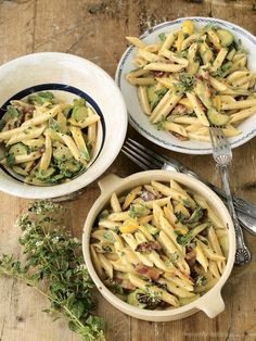 Jamie's Courgette (Zucchini) Penne Pasta Carbonara - Quick, easy awesome flavours - a favourite for a quick dinner meal