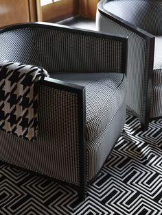 Melbourne House by Greg Natale Round Swivel Chair, Patterned Armchair, Timber Panelling, Famous Interior Designers, Melbourne House, Black And White Love, Small Sofa, White Rooms, Formal Living Rooms