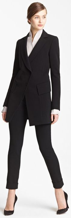 Women's Office Fashion Inspiration: Dressing the Best for the Office Whether you are looking for the perfect suit to wear to the office, or plan on making a positive impression on an upcoming job interview, here are a few options to ensure you present yourself as a dedicated professional. Classic suits such as Hugo Boss, […]