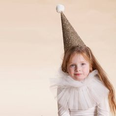Items similar to Golden clown hat with a collar, Kids costume, girls costume on Etsy 3 People Costumes, Kids Costumes Girls, Girl Costumes, Classic Halloween Costumes, Halloween Costumes For Girls, Party Fashion, Kids Fashion, Clown Hat, Flamingo Costume