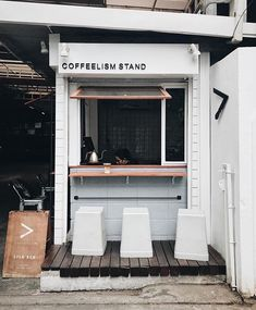 Repost from @coffeelism.co - Thx for your visit @conyjapjapjap