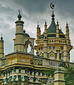 The Abdul Gafoor Mosque has 25 rays all-together, decorated with Arabic calligraphy. Little India, Singapore.