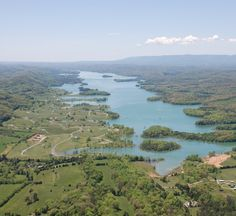 Are you in the market for lake homes or lake property real estate on Norris Lake? Norris Lake Living has been around since helping home buyers i. Norris Lake Tennessee, Property Real Estate, Tennessee Vacation, The Good Place, River, Doors, Sunset, Places, Outdoor