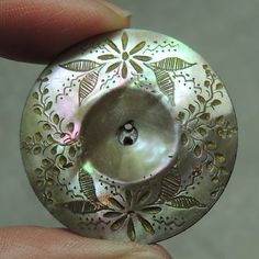 Stunning carved mother of pearl shell button ~ Cool Buttons, Types Of Buttons, Vintage Buttons, Button Art, Button Crafts, Mother Of Pearl Buttons, Mother Pearl, Sewing A Button, Bead Art