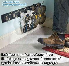 Installez un porte-manteaux pour ranger facilement vos chaussures