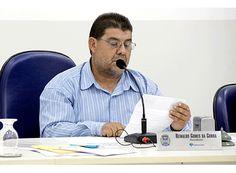 Câmara de Claraval devolve dinheiro à prefeitura http://www.passosmgonline.com/index.php/2014-01-22-23-07-47/regiao/6315-camara-de-claraval-devolve-dinheiro-a-prefeitura
