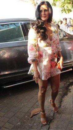 Katrina Darlin 😘💕 Indian Actress Hot Pics, Bollywood Actress Hot Photos, Indian Bollywood Actress, Beautiful Indian Actress, Bollywood Fashion, Beautiful Actresses, Indian Actresses, Bollywood Heroine, Beautiful Women