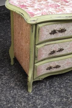 Green Hand painted jewelry box vintagewooden by Eweniques on Etsy, $90.00