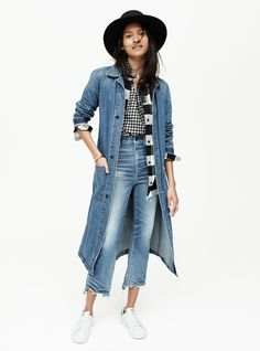 madewell rivet & thread denim duster worn with the central shirt in gingham check. Love something you see? Pre-order your favorite pieces by calling 866-544-1937 or email shopfirst@madewell.com to get first dibs. #everydaymadewell