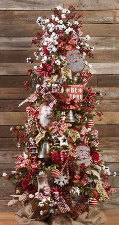 RAZ 2016 Farmhouse Christmas Tree To see more items from this collection for purchase at Trendy Tree online, click here. We're still in the process of adding new products that will start arriving Summer 2016. http://www.trendytree.com/raz-christmas-and-halloween-decor/2016-farmhouse-christmas-1.html