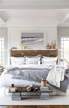 Décoration pour une chambre à coucher avec peinture de mer. http://www.m-habitat.fr/par-pieces/chambre/quel-style-de-deco-pour-une-chambre-2735_A