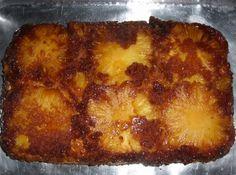 Bolo de Abacaxi Caramelado