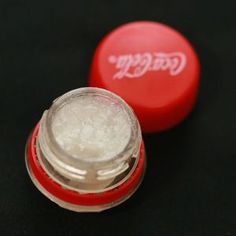 Make a cute lipbalm container. We ♥ upcycling!