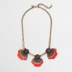 Factory fringed fan necklace ($4.99) ❤ liked on Polyvore featuring jewelry, necklaces, beaded jewelry, fringe necklace, j crew jewelry, beaded fringe necklace and bead necklace