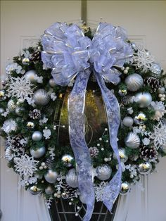 silver and blue wreath Z
