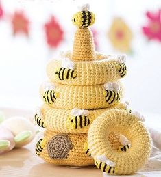 Crochet Amigurumi Design Baby Stacks - 6 Easy Toys to Crochet - Colorful yarns and embroidery floss details combine to create these delightful stacking toys. Baby Stacks from Leisure Arts presents 6 easy crochet designs using medium weight Crochet Bee, Crochet Baby Toys, Crochet Gifts, Cute Crochet, Baby Blanket Crochet, Crochet Dolls, Easy Crochet Animals, Beautiful Crochet, Crochet Designs