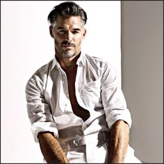 A plain white/off-white outfit. Simply great for summer. A chest pocket on a shirt makes the shirt more casual.  Model: Eric Rutherford.