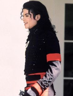 MJ in his favorite colors, red and black