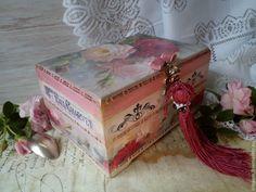 """Купить """" Natalie """" чайная коробка-шкатулка - бордовый, винный цвет, винтажный стиль"""