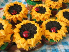 sunflower and ladybug cupcakes
