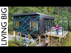 (471) Stunning Modern Small Home Made From 3 x 20ft Shipping Containers - YouTube 20ft Shipping Container, Shipping Containers, Small Modern Home, Container House Design, Tiny House Living, Building A House, House Styles, Tiny Homes, Garden Architecture