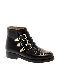 unabashedly a knock off of the chloe boot, but so much more affordable. asos amazon leather studded biker boots $146.59